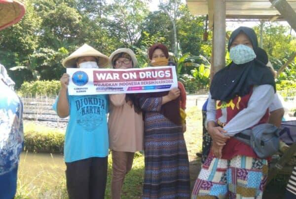 Kelompok Wanita Tani Padukuhan Kayen Gelorakan War On Drugs